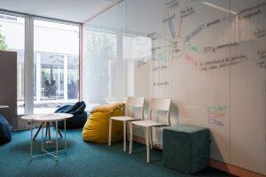 maury em lyon silex 047 300x200 - EM Lyon Business School: la créativité au service de la pédagogie