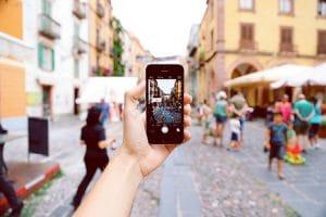 blur buildings busy 861102 300x200 - Les chiffres clés du marketing mobile